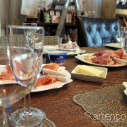 Geburtstagsfrühstück bei Kiki Kiss Kiss